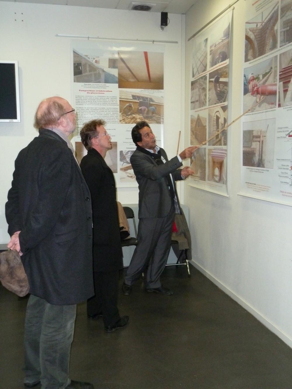 Exposition Architecture de Terre Ashmat Froz