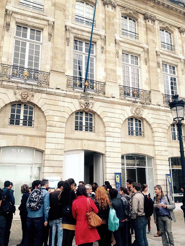 Place de la Bourse - Par Chloé Julien