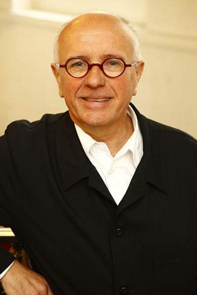 J.Y. Chapuis
